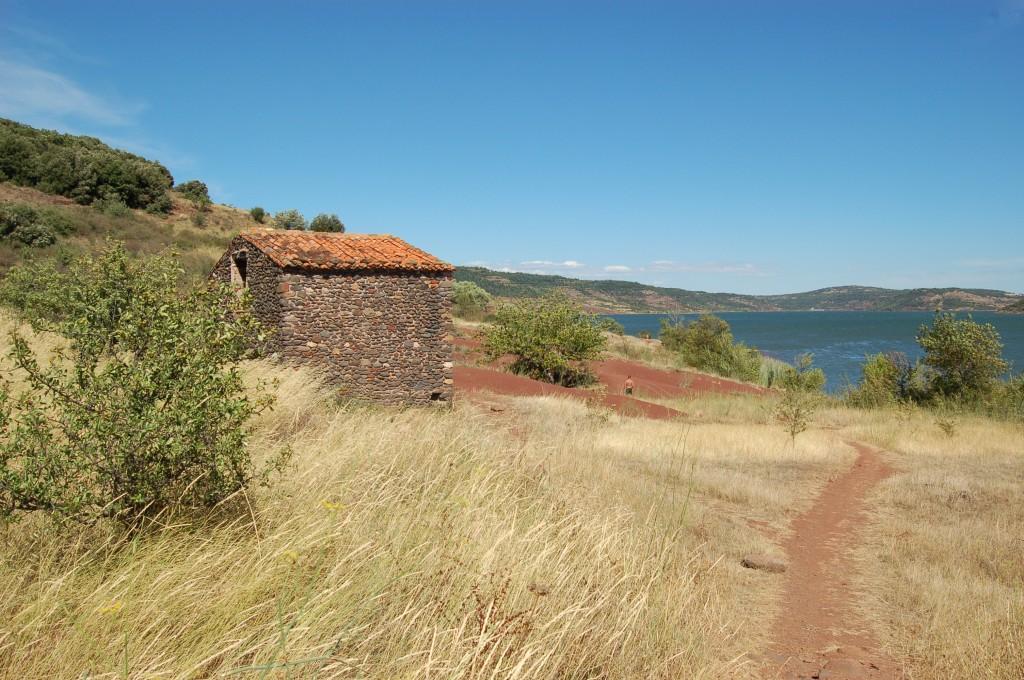 Celles - Lac du Salagou (34)